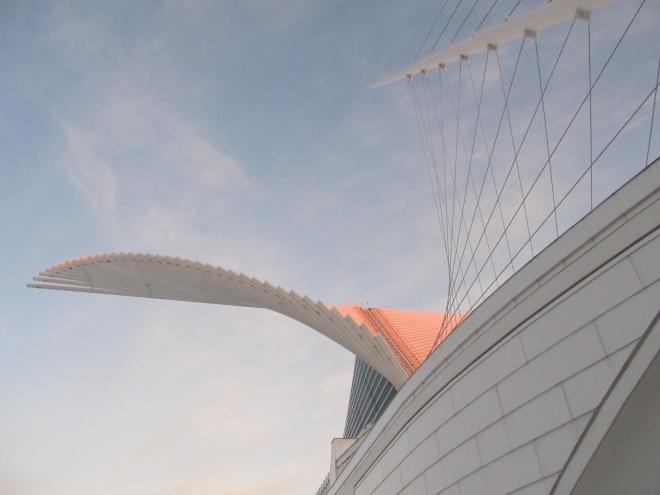 image by TTQ cc; Milwaukee Art Museum at twilight