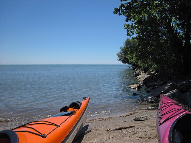 Image by Dakiraun, kayaks via Flickr CC license