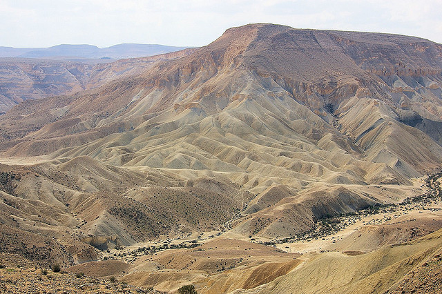 Image by Steluma of Ain Avdat in Israel, via Flickr CC license.