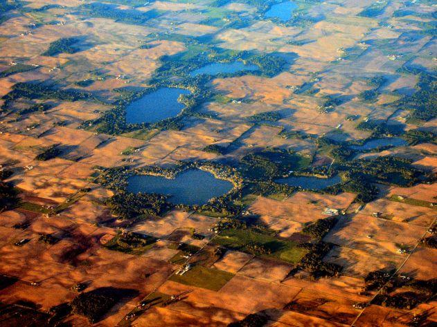 1-1280px-Kosciusko-county-lakes