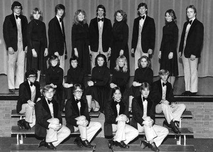 1-WHS swing choir