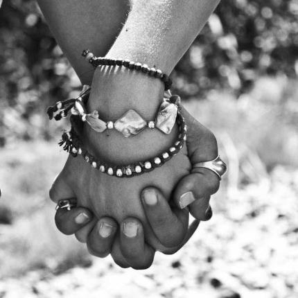 hands-friendship-hold-holding-70464-e1521345894758.jpeg